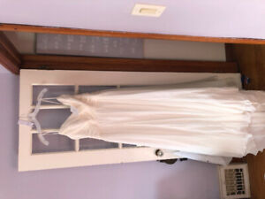 WEDDING DRESS SZ 16 NEW WITH TAGS