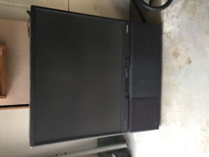 Free tv. Must pick up. Located North Red Deer
