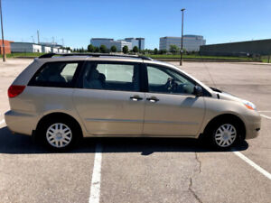 TOYOTA SIENNA (2007) WELL MAINTAINED - 133K