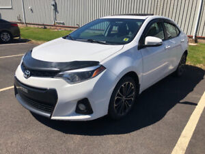 2015 Toyota Corolla S | Warranty Remains | heated seats and more