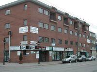 Bureaux *400 à 1,800 pi ca* (Office Space) à louer dans Villeray