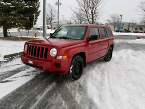 Jeep Patriot 2010 - North Edition - winter/summer tires on rims
