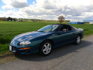 1998 Chevrolet Camaro Coupe (2 door)