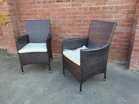 Set of 2 rattan patio garden chairs