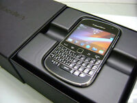 BLACKBERRY BOLD 9900 BRAND NEW/NEUF UNLOCKED/DEBLOQUER