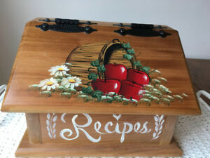 Wooden apple Recipes box