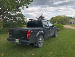 2011 Nissan Frontier SV, 4X4, 100,000 kms