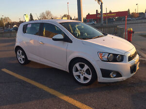 2012 Chevrolet Sonic LT Hatchback SUNROOF ONE OWNER NO ACCIDENTS
