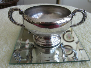 ADORABLE OLD VINTAGE DOUBLE-HANDLED SILVER SUGAR BOWL