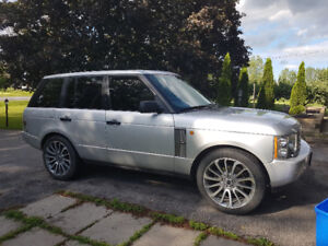 Beautiful Range rover with low kms!!!
