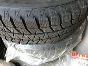 Bridgestone Blizzak Winter Tires - Like New 215 60 16