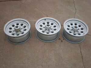 16 inch Aluminum trailer wheels.