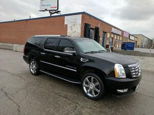 2013 Cadillac Escalade ESV SUV,