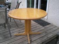Round Maple Butcher block table