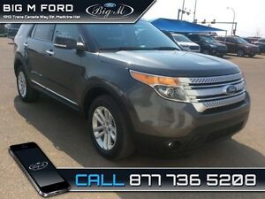 2015 Ford Explorer XLT  - one owner - local - trade-in - non-smo