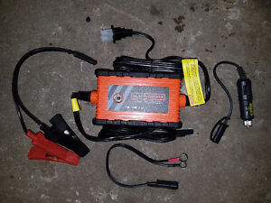 Black & Decker 2 Amp waterproof battery charger New