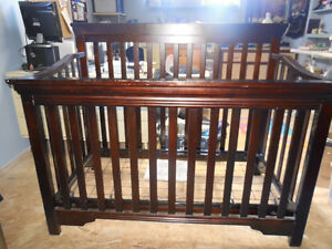 Solid wood convertible crib frame