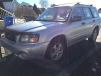 Subaru Forester xs 2004 manual awd pano roof new winter tires a1