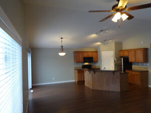 NEWER HOME IN BLACKFALDS  AVAILABLE NOW OR OCT. 1st