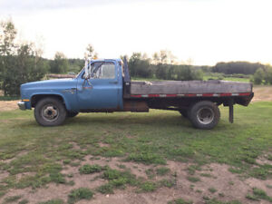 1986 Chevy, C30, Custom Deluxe, 1 Ton Dually