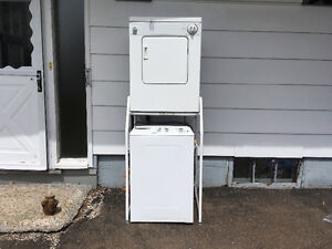 Kenmore apartment-sized washer/dryer