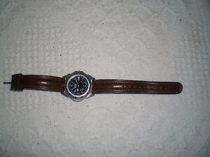 Roots unisex watch