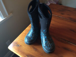 BOGS Winter Boots - Girls, Size 4