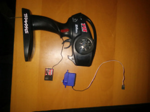 Rc traxxas transmitter and reseiver and a traxxas steering servo