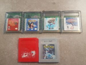 Assorted Gameboy games and case