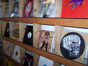 SICK COLLECTION OF HIP HOP/GANGSTA RAP VINYL RECORDS!!!