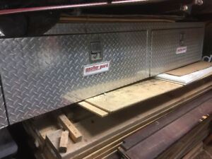 Tool Box Side Mount for Truck *' Bed