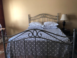 Bombay Furniture Queen Size Metal Bed Frame