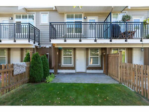 Large 3 Bedroom Townhome for Rent in South Surrey