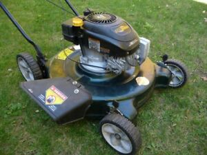 YARDWORKS LAWNMOWER 4.5hp