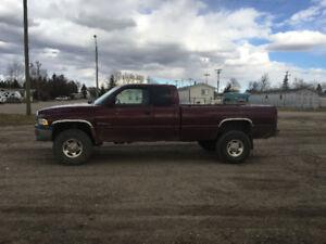 2002 Dodge Power Ram 2500 Laramie Pickup Truck