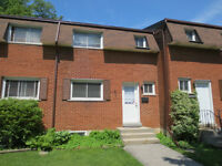 West Mountain Hamilton 3 Bedroom Townhouse Condo For Sale