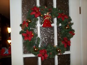 """2 lighted (electric)wreaths with Homz 24"""" storage container"""