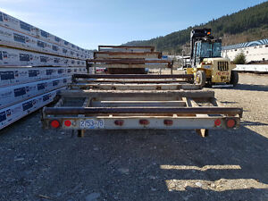 31' deck/roller trailer with 8000 pound electric Torfaxels.