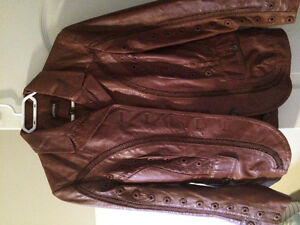 Ladies Danier Leather Jacket in perfect condition!!