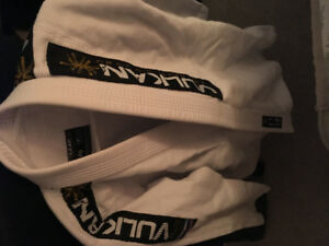 VULKAN BJJ GI White A0 for sale. Condition brand new