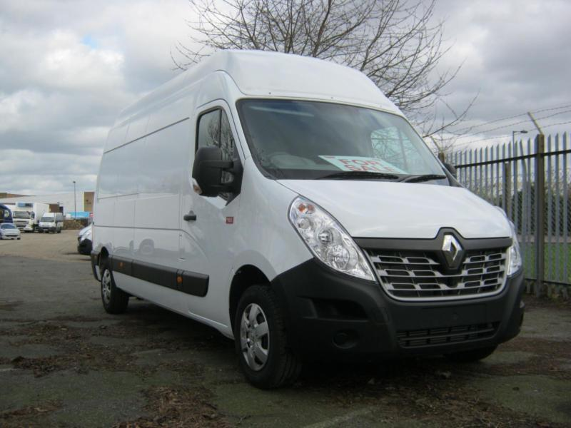 New Unregistered Renault Trucks Master LWB H/Roof, A/C, Cruise, Reverse Sensors