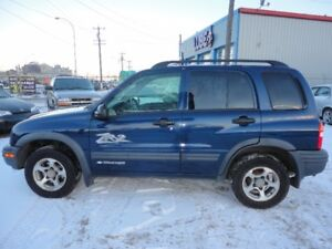 2004 CHEVROLET TRACKER-ZR-2-4X4- AUTO V6-WELL MAINTAINED