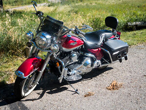 MINT Condition Harley Davidson Road King Classic