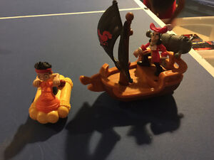 Toy Story figures and puzzle + Jake and Captain hook