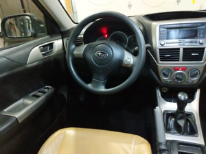 2009 Subaru Impreza 2.5i 110,000! Leather!