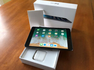 IPad Mini 2 Retina Wifi 16GB Space Gray- Parfaite condition