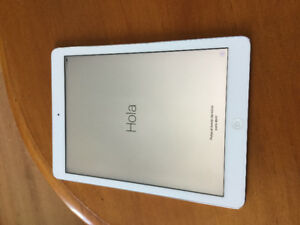 iPad Air ( excellent condition)
