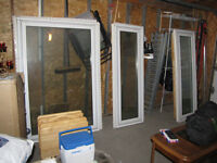 bay/picture windows, PRICE REDUCED