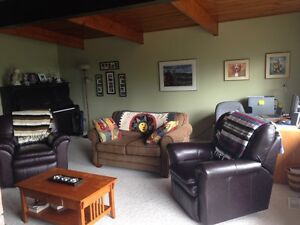 : Room in Family House for rent Fully Furnished Sept 2017