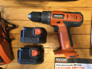 12V Ridgid power drill + 2 batteries, charger, bag